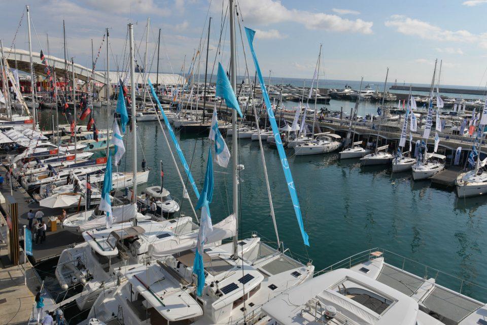 Genova - Primo giorno di Salone Nautico