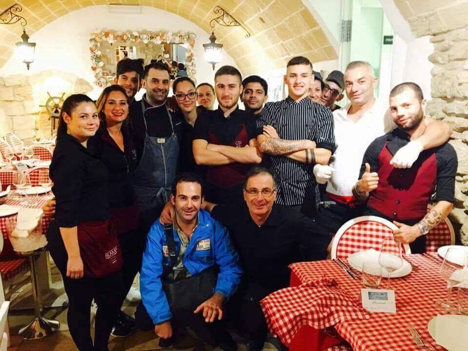 """""""Osteria Briganti"""", il magnifico staff"""